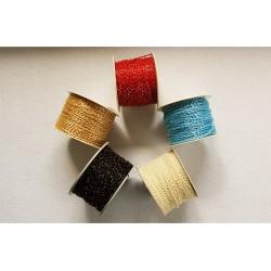 Koraliki plastikowe na sznurku