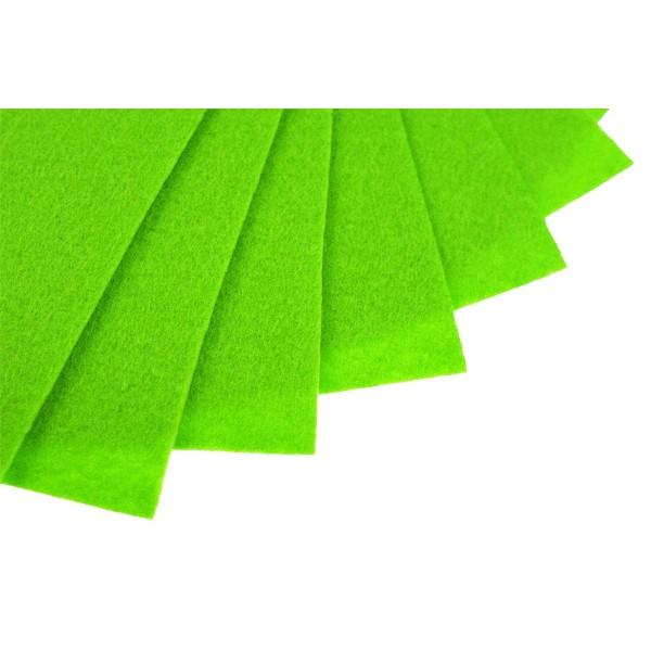 Filc w arkuszach 20x30 cm 1 szt. P021 Jaskrawy Zielony