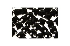 Faceted stones – square 12x12 mm Nor. Black
