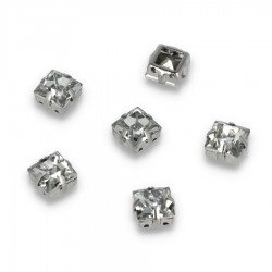Kamienie do przyszycia w koszyczku Kwadrat 8 mm Crystal