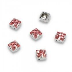 Kamienie do przyszycia w koszyczku Kwadrat 8 mm Pink